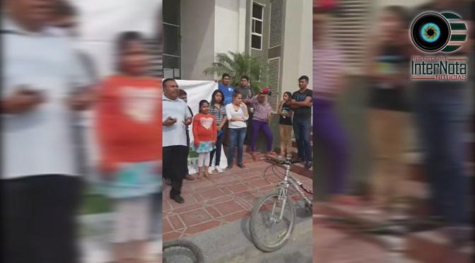 CIUDADANOS DE CADEREYTA SE MANIFIESTAN POR INCONFORMIDAD.