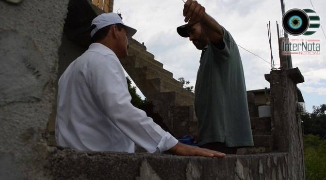 CANDIDATO A LA ALCALDÍA POR EL PAN SILVERIO FLORES LEAL SE COMPROMETE CON VECINOS DE LA COL. VALLE LOS DURAZNOS, ALLENDE N.L.