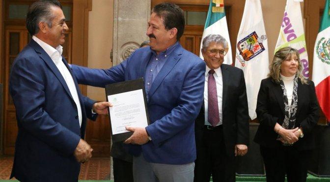 FORTALECE VARIAS SECRETARÍAS E INCORPORAN NUEVOS FUNCIONARIOS AL GABINETE ESTATAL.