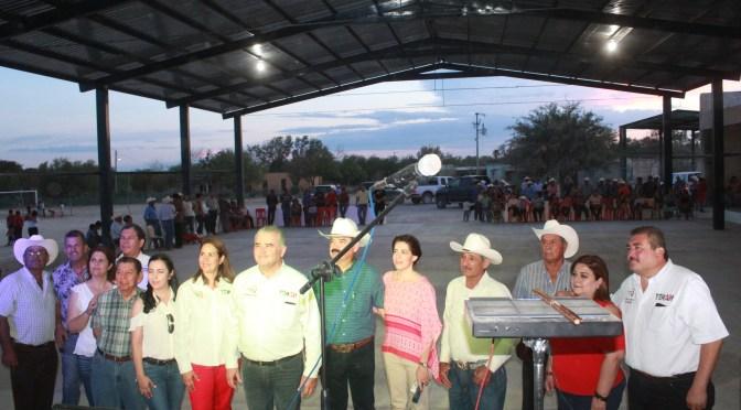 INAUGURAN TECHO CÍVICO DE SAN JUAN VAQUERÍAS.