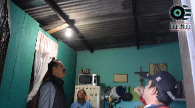 CONTINÚAN ENTREGANDO LÁMINAS A HABITANTES EN LA COLONIA BUENA VISTA, ALLENDE N.L.