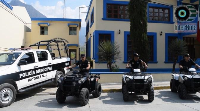 ENTREGAN UNIDADES Y MOTOCICLETAS NUEVAS A POLICÍA MUNICIPAL EN RAYONES N.L. ENTREGAN UNIDADES Y MOTOCICLETAS NUEVAS A POLICÍA MUNICIPAL EN RAYONES N.L.