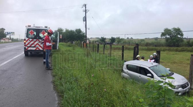 CARPETA ASFÁLTICA RESBALADIZA PROVOCA ACCIDENTE.