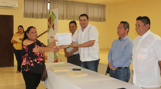 LLEVAN A CABO CLAUSURA DE CURSOS PARA CAPACITACIÓN DEL AUTOEMPLEO EN HUALAHUISES N.L.