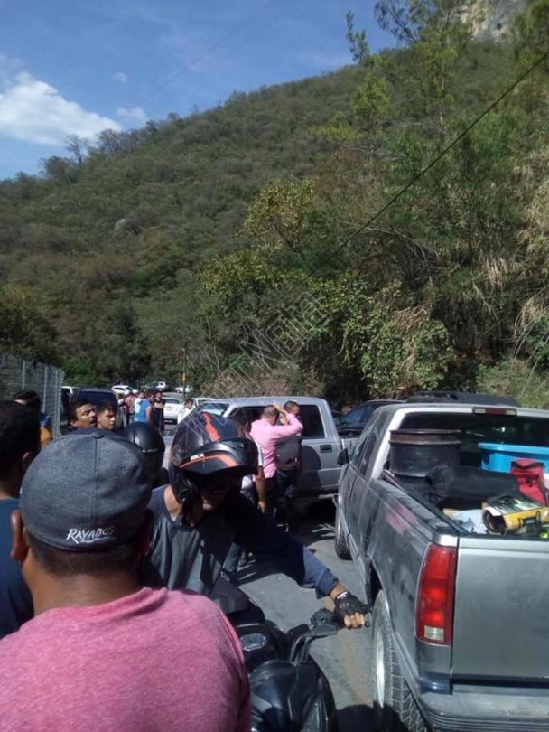 #SANTIAGO SE REGISTRA ACCIDENTE VIAL A LA ALTURA DE LA NOGALERA SE HABLA DE VARIAS PERSONAS LESIONADAS NOTICIA EN CURSO…