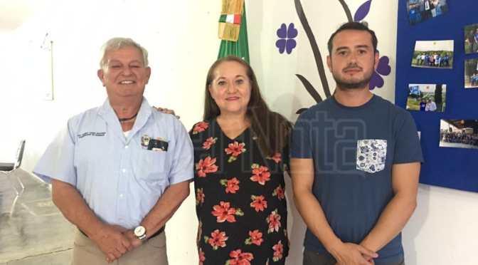 REGIDOR EN FUNCIONES Y EX-ALCALDE AMBOS PANISTAS PRESENTAN SU RENUNCIA.