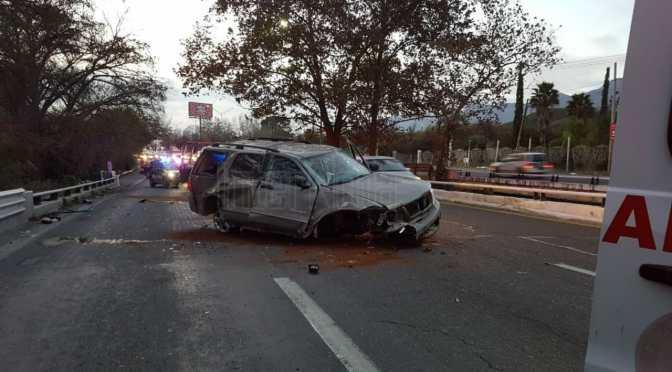 2 PERSONAS RESULTARON LESIONADAS EN APARATOSO ACCIDENTE VIAL.