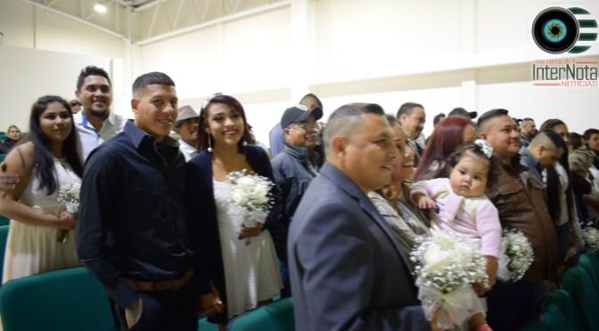 FORMALIZAN SU UNIÓN 51 PAREJAS EN PROGRAMA MATRIMONIOS COLECTIVOS EN CADEREYTA, JIMÉNEZ N.L.