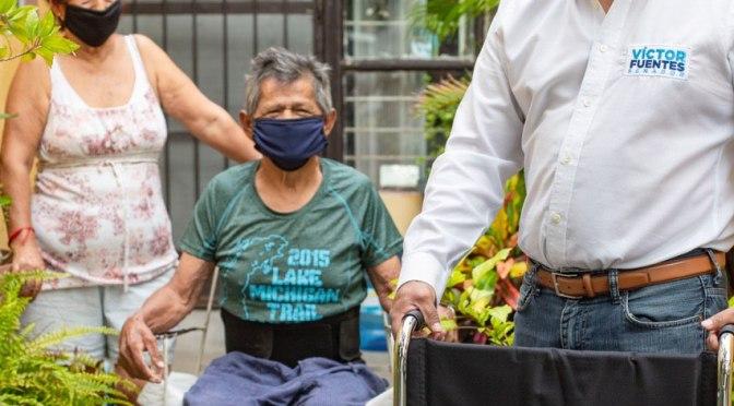 APOYA VICTOR FUENTES A FAMILIAS DE APODACA