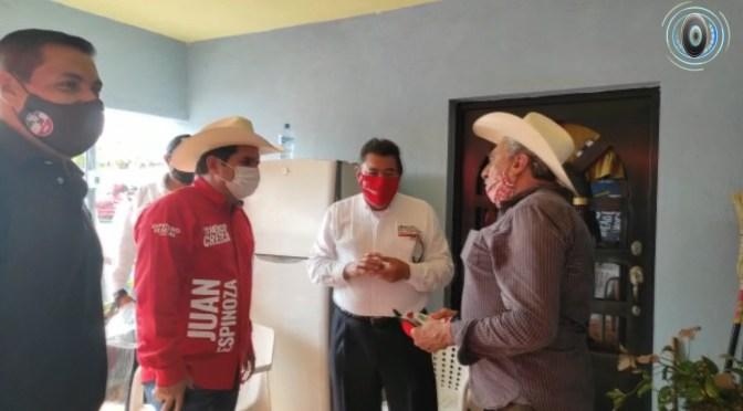 CANDIDATO A LA ALCALDÍA DE GRAL. TERÁN, N.L. POR EL PRI, CALLETANO SILVA CANTÚ PROPONE INSTALAR EL SERVICIO DEL DRENAJE EN LA COLONIA BICENTENARIO.