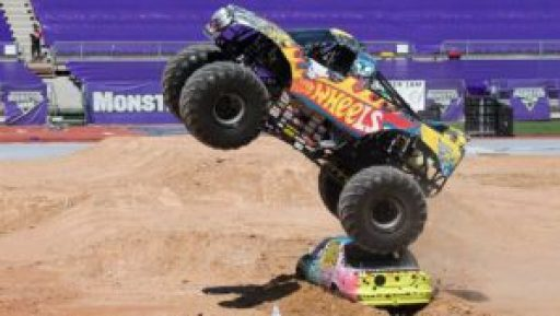 Monster-Jam-Paul-Gover-Hot-Wheels-2015(1)