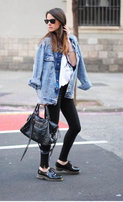 Here are our favorite ways to pair a jean jacket with leggings.