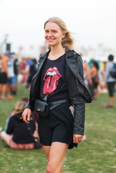 Here's how to rock the fanny pack trend.