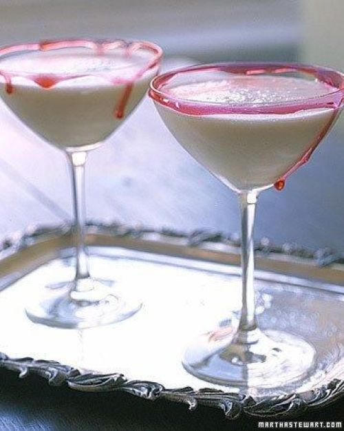 25 Halloween Cocktail Recipes To Die For