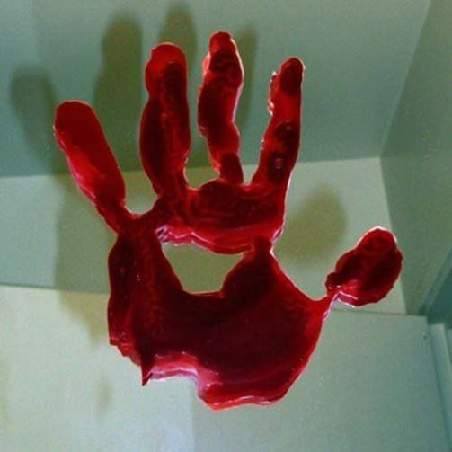 18 Halloween Decorations To Make Your Dorm/Apartment Spooky AF