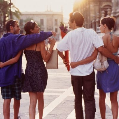 How To Avoid An Awkward Double Date