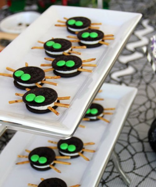 Easy Halloween Treats That'll Wow Your Guests