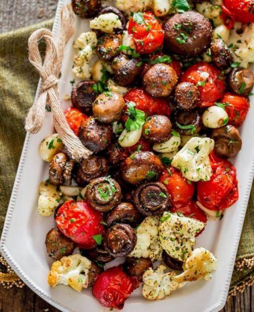 Christmas Eve Dinner Ideas.8 Christmas Eve Dinner Ideas To Keep It Casual Society19