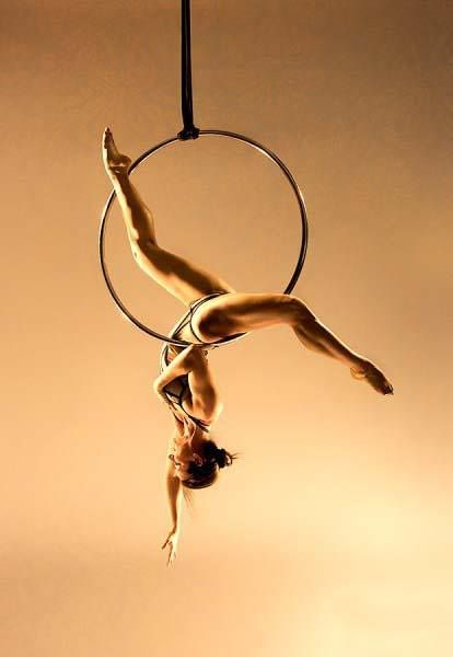 I Tried An Aerial Hoops Class And This Is What It Was Like