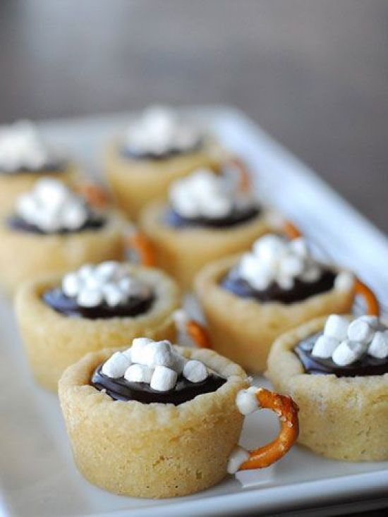 12 Christmas Desserts To Make This Holiday Season