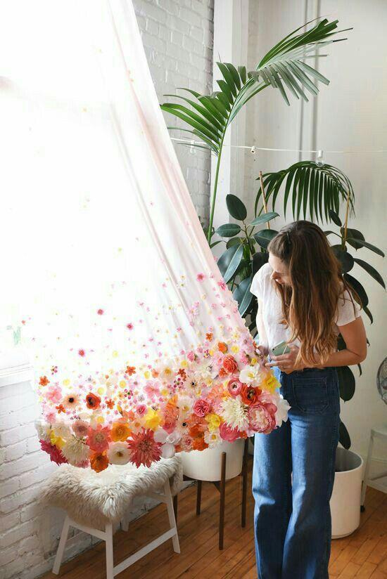 10 DIY Floral Room Decor Ideas