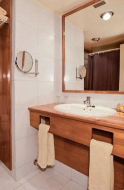 Hotel Puerta del Sol - banheiro
