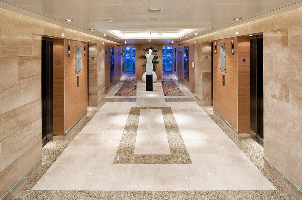 Hallway_Entrance