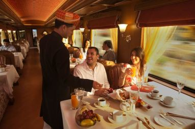 maharaja-express-breakfast