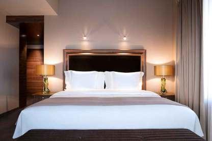Suite Apartment Master Bedroom
