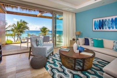 Eden Roc Beachfront-Suite_Living-Room_0245