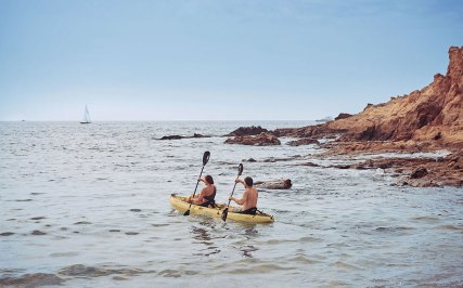 Montage-LosCabos-couple-kayaking
