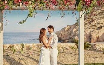 Montage-LosCabos-wedding-couple-view
