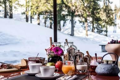 LaSivoliere-Breakfast-at-Le-1850-restaurant