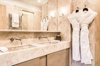 LaSivoliere-Connecting-Superior-Rooms-(1)
