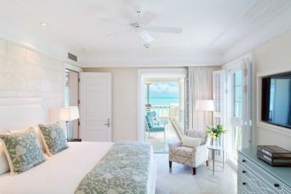 The Shore Club - 12 SC Deluxe Ocean front Master Bedroom