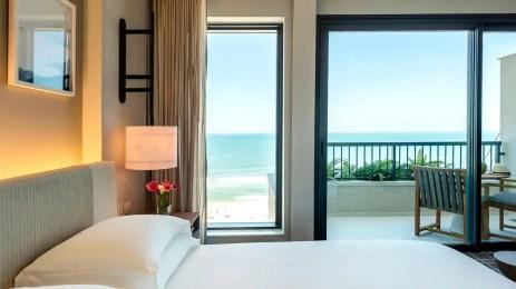 Grand-Hyatt-Rio-de-Janeiro-P106-Grand-King-Room-Ocean-View.16x9