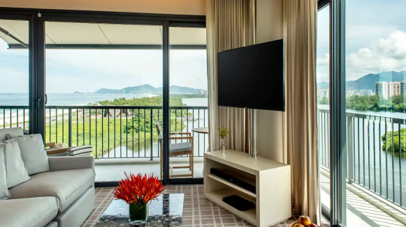 Grand-Hyatt-Rio-de-Janeiro-P184-Grand-Suite-Ocean-Lagoon-Living-Room-with-TV.16x9
