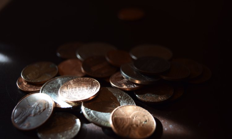 Faith and Your Finances: 4 Pitfalls to Avoid. Credit: Creationswap.com
