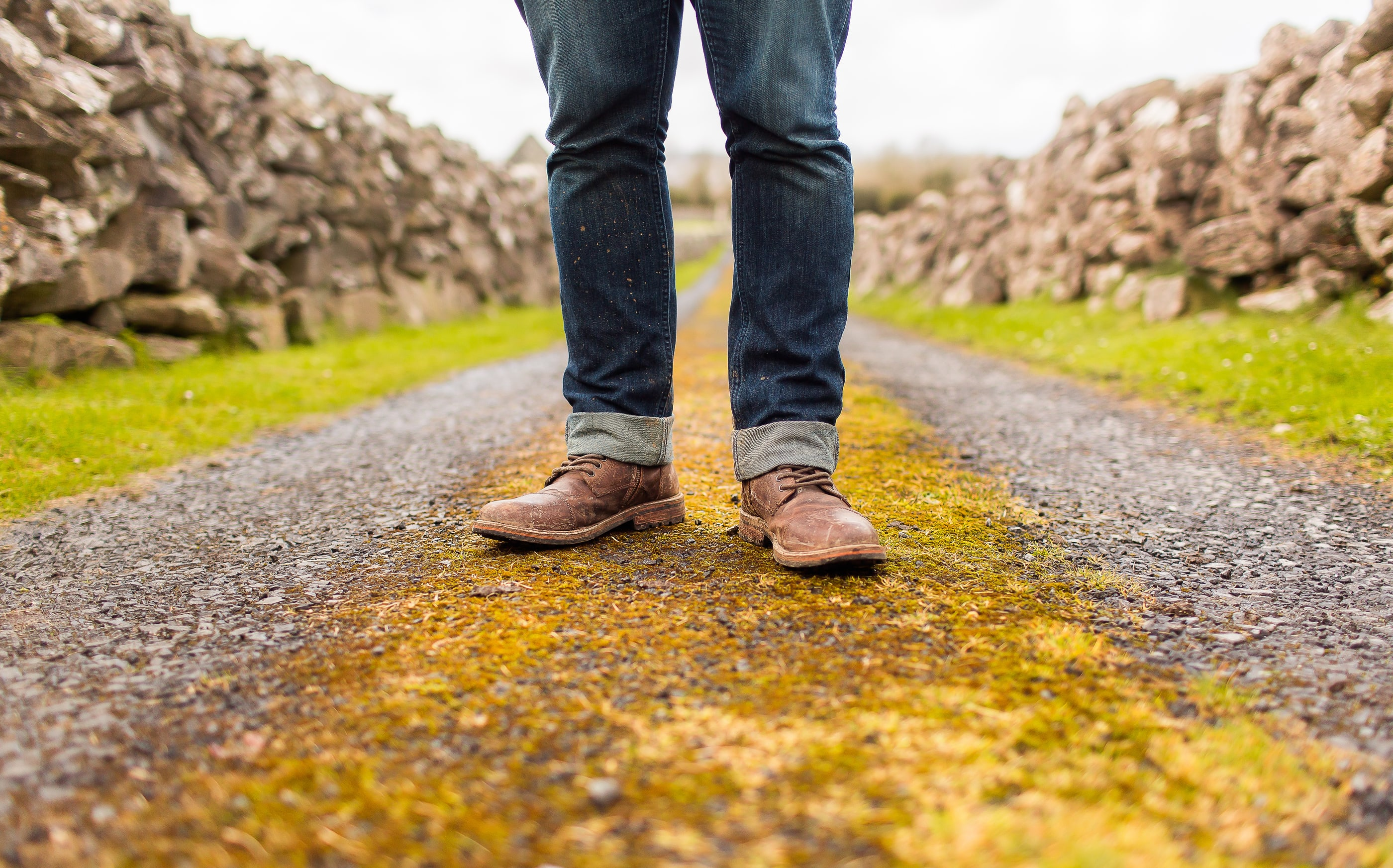 Christian men, be different. be more. (image credit: Lightstock.com)