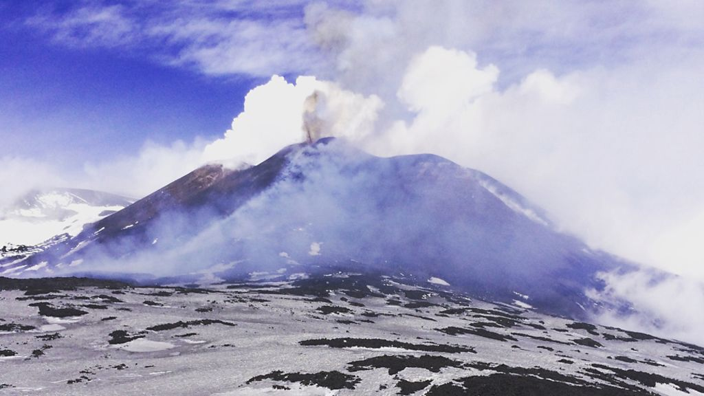 95204319 1 - Etna escape: 'Pelted with the deadly, hot debris'