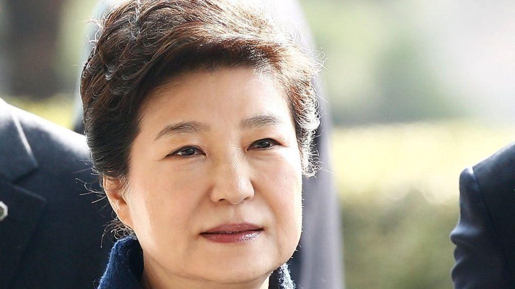 95247301 7f120ee1 d900 419b a8ba 77bc4a19a215 - South Korea seeks arrest of ex-president Park Geun-hye
