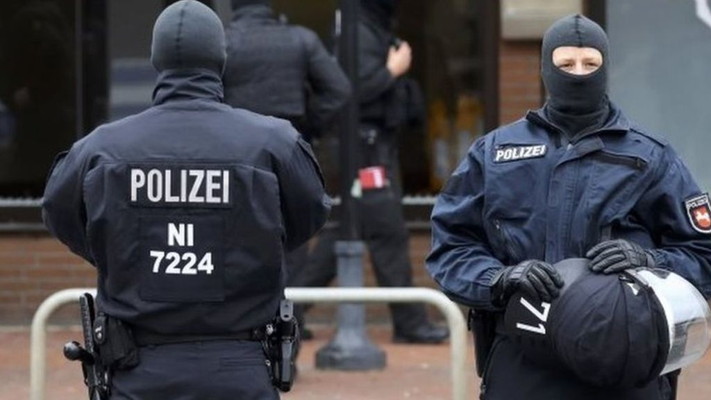 95261432 d65f5841 8c5f 4ad9 ae1e e5fff619ac7f - Two German-born terror suspects to be deported