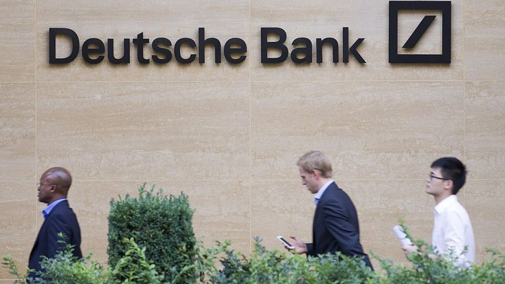 95299646 deutschebankgetty - Deutsche Bank commits to new London office