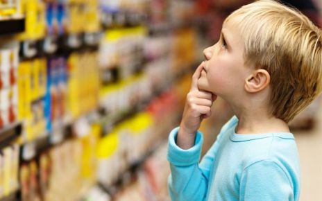 95323346 childatsupermarket - Childhood obesity: Cut unhealthy food multi-buy offers - MPs