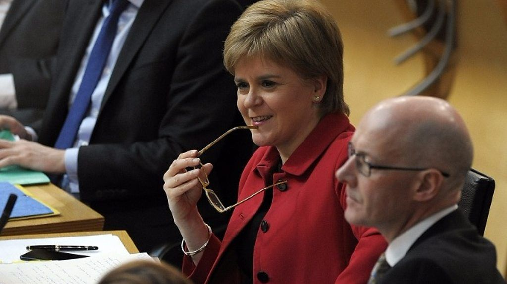95364790 p04yb785 - Holyrood backs Sturgeon's call for Indyref2