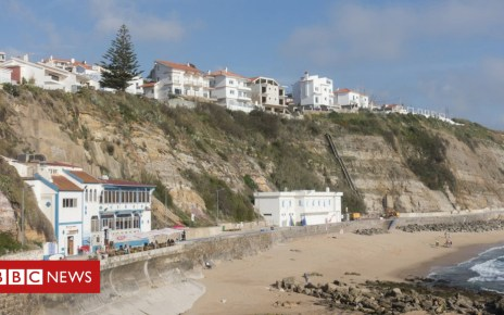 102008081 ericeira getty - British and Australian tourists die in Portugal 'fall'
