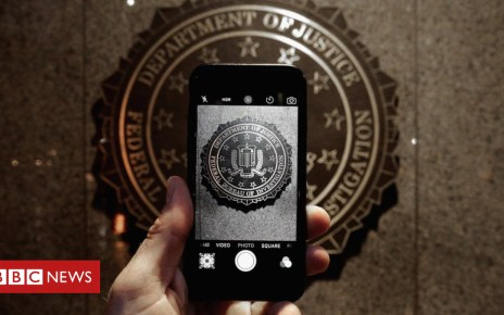 102013479 gettyimages 511896820 - Apple to close iPhone security hole used by police