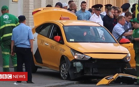102079775 mediaitem102079772 - Taxi ploughs into pedestrians in Moscow injuring eight