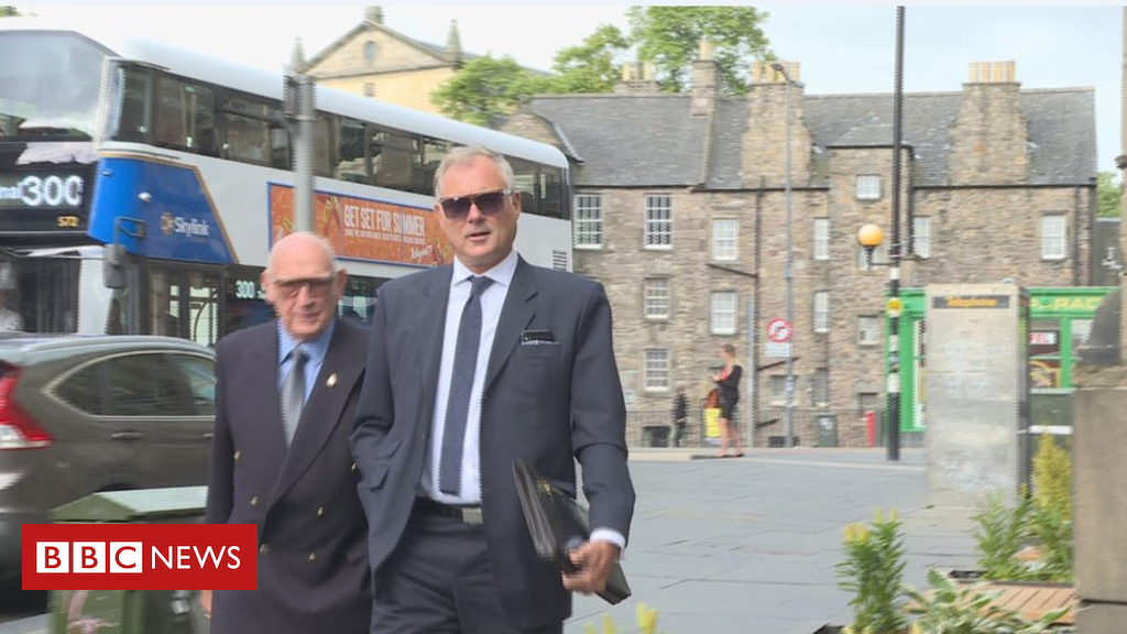 102099043 mediaitem102099042 - John Leslie goes on trial accused of sex assault