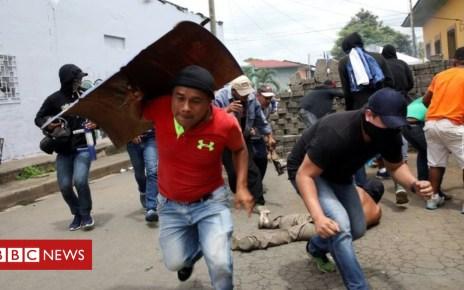 102120322 f4a1fe52 e97e 4e25 8006 ef7d706f6e01 - More deaths in Nicaragua violence as talks collapse
